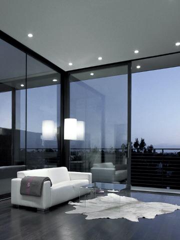 ალუმინის ფანჯრები და კარებები